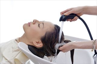 清潔な頭皮と健康な髪へ導いてくれる
